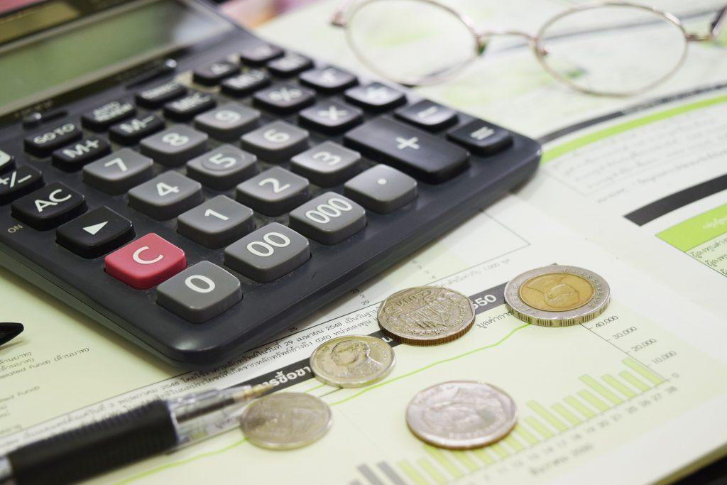 calculate customer lifetime value